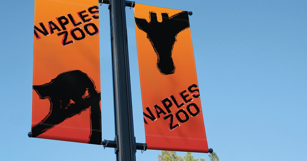 Naples Zoo Lamp post signs